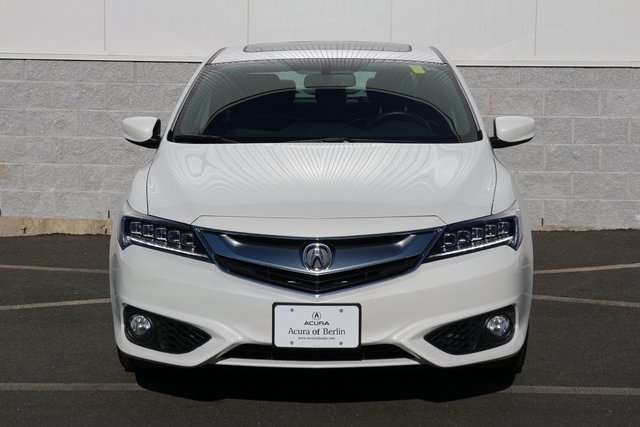 Pre-Owned 2018 Acura ILX