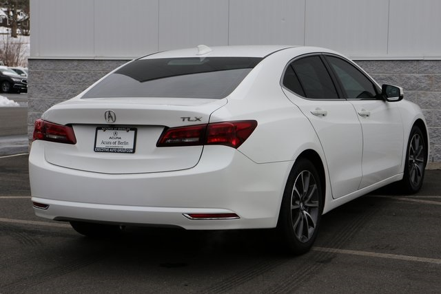 Certified Pre-Owned 2015 Acura TLX 3.5 V-6 9-AT P-AWS with Technology Package