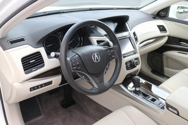 Certified Pre-Owned 2017 Acura RLX with Advance Package
